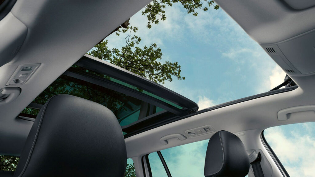 2019 VW Golf Sportwagen Panoramic Sunroof